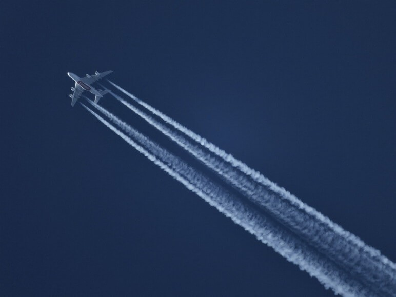 aeroplane-aircraft-plane
